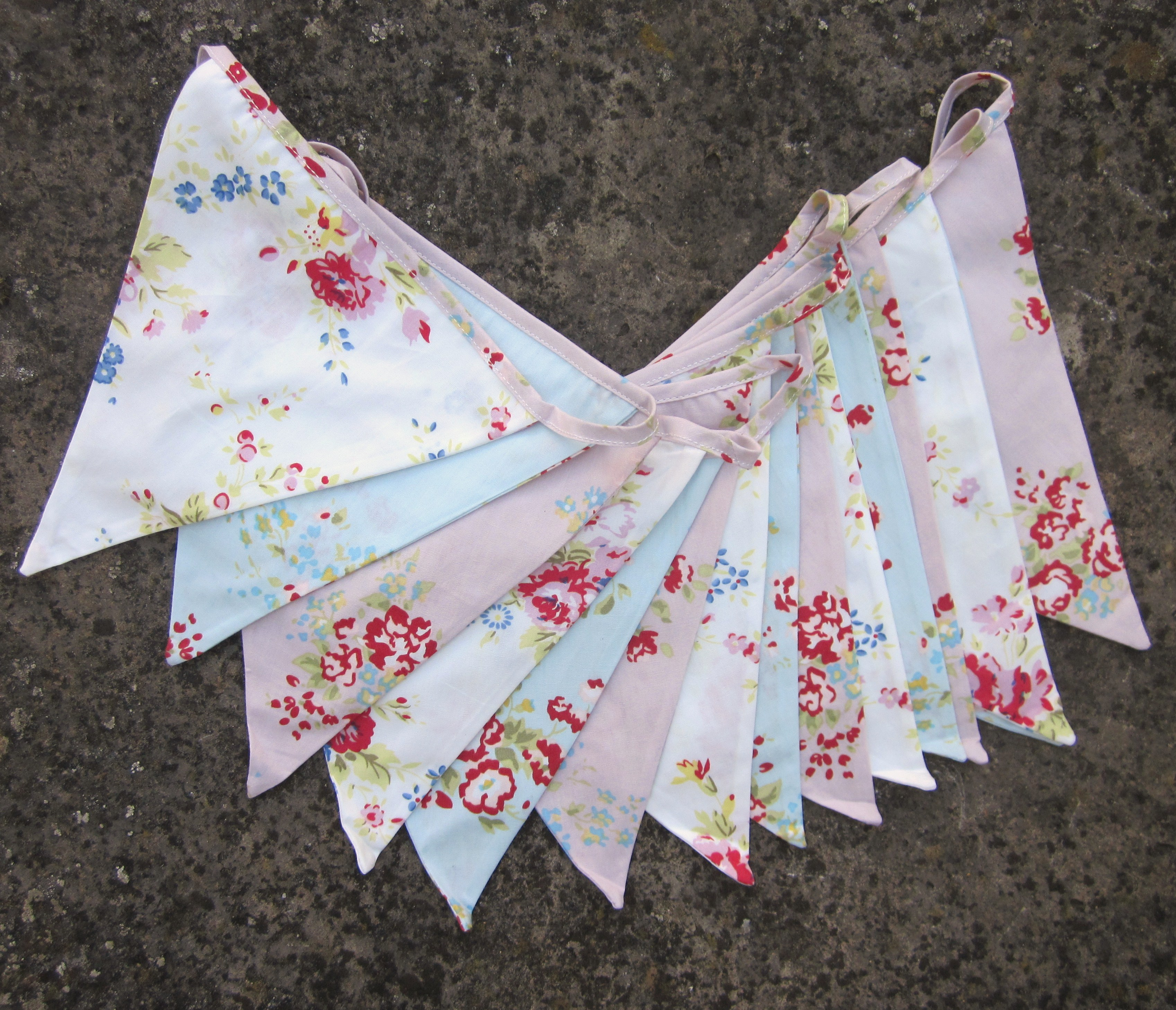 shabby chic bunting - photo #23
